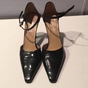 Gucci black patent leather ankle strap pumps 7.5 B